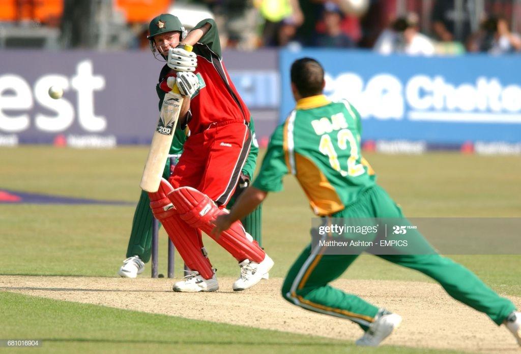 64 मैचों में 62 विकेट लेने वाला यह खिलाड़ी क्रिकेट छोड़ अब बना पायलट 2