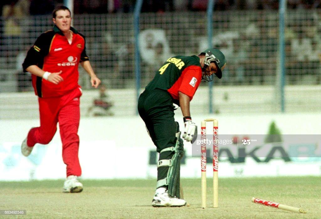 64 मैचों में 62 विकेट लेने वाला यह खिलाड़ी क्रिकेट छोड़ अब बना पायलट 3