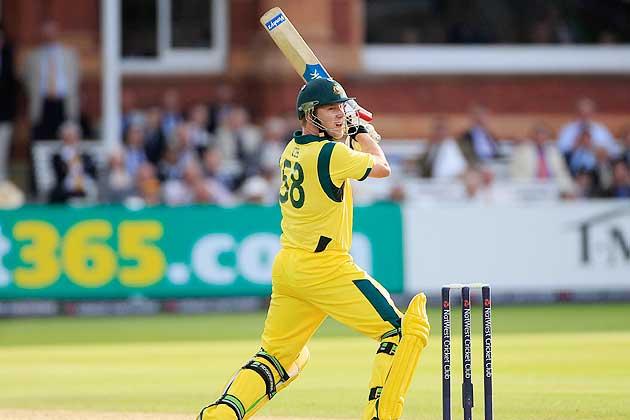 4 गेंदबाज जिनके नाम है सबसे लंबे छक्के लगाने का विश्व रिकॉर्ड 13