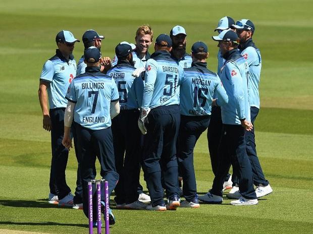 इंग्लैंड ने पहले वनडे मैच में आयरलैंड को 6 विकेट से हराया, ये दो इंग्लिश खिलाड़ी चमके 1