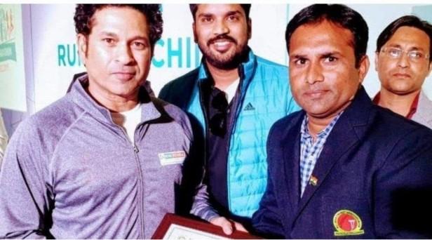 भारतीय क्रिकेट टीम का यह पूर्व कप्तान नौकरी के लिए भटक रहा इधर-उधर 1