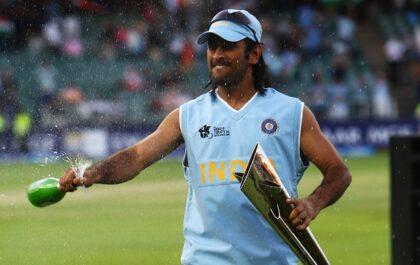 इस पाकिस्तानी ने कहा, महेंद्र सिंह धोनी ने बदली भारतीय क्रिकेट की तक़दीर, वह वर्ल्ड चैंपियन खिलाड़ी 2
