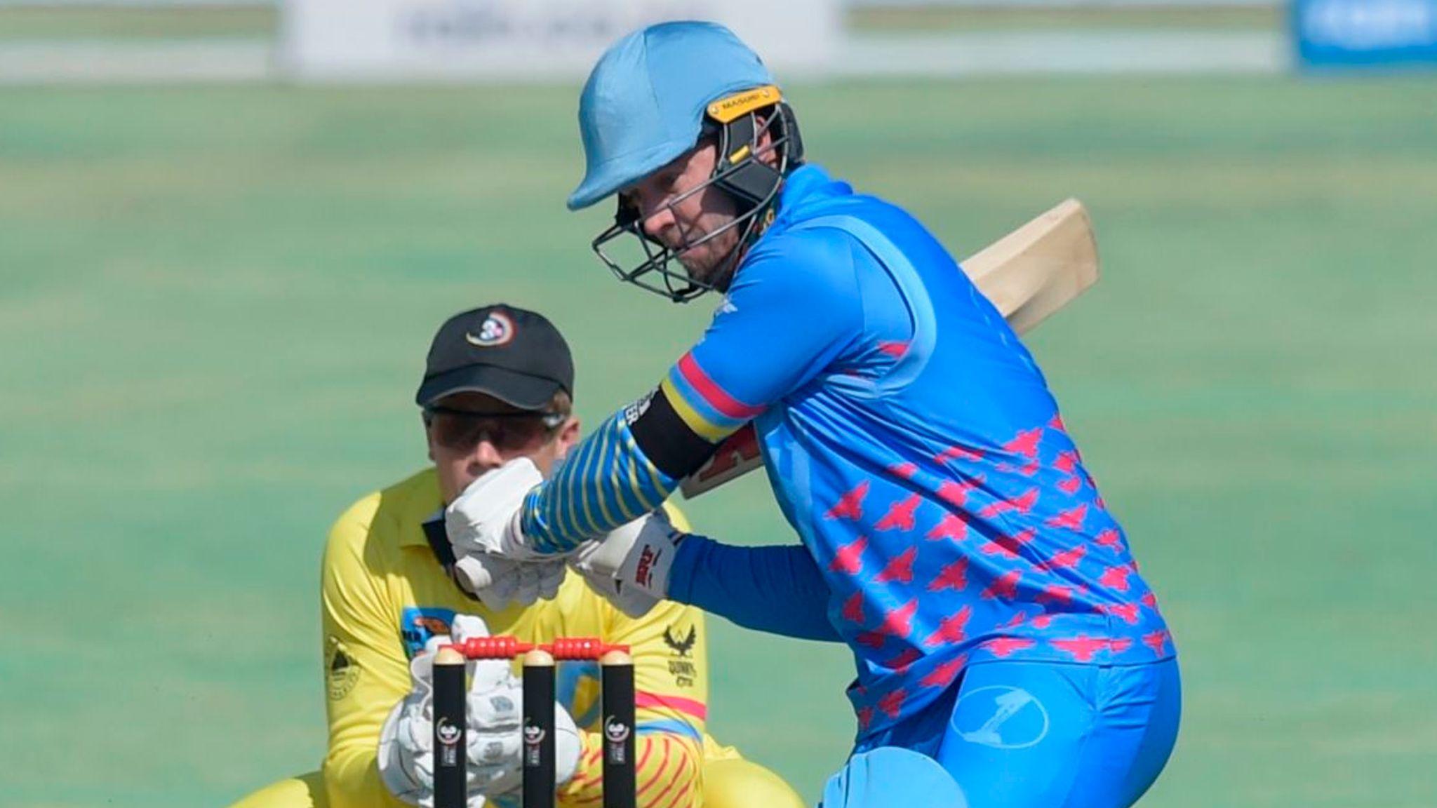 एबी डीविलियर्स ने वापसी पर खेली 24 गेंद में 61 रन की पारी, फैंस ने दिया ऐसा रिएक्शन 11