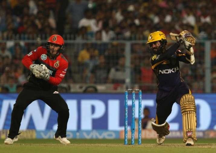 5 दिग्गज खिलाड़ी जो रॉयल चैलेंजर्स बैंगलोर के लिए खेलते हुए हो गये फेल 4