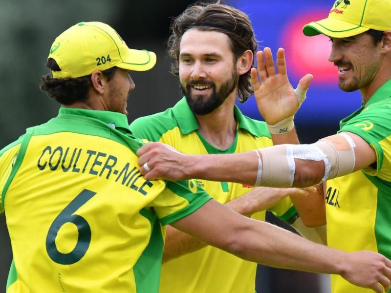 आईपीएल 2020 : विराट कोहली के साथ खेलने को बेकरार है यह ऑस्ट्रेलियन खिलाड़ी 8
