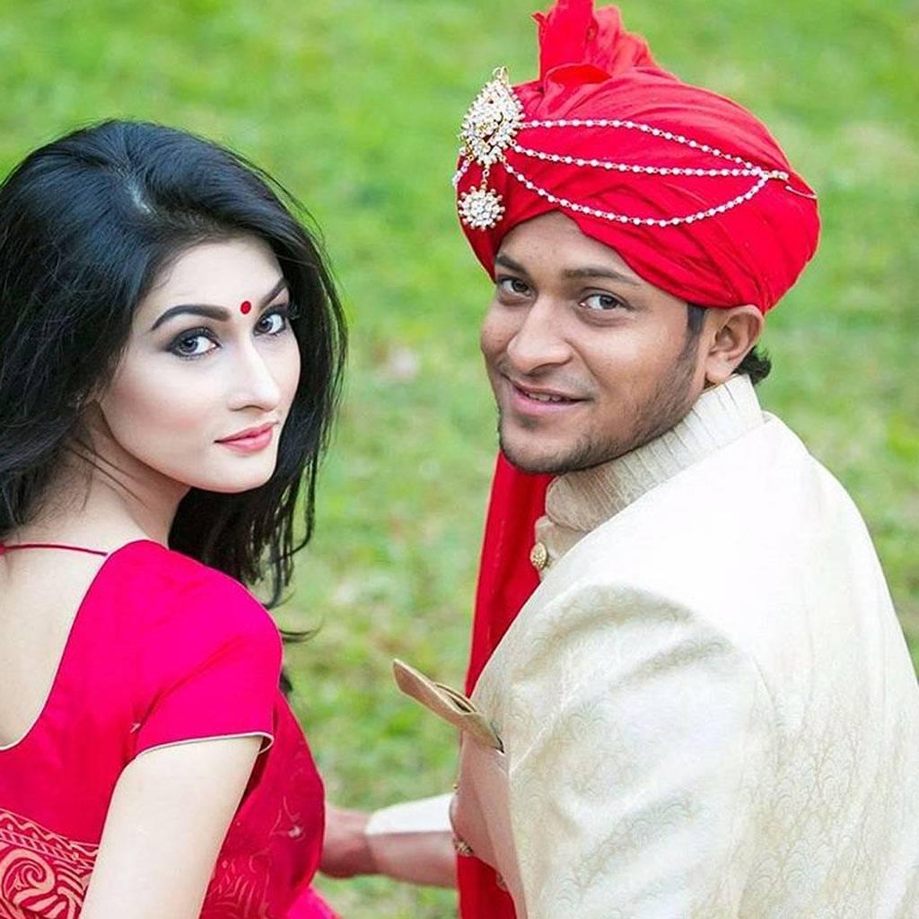 ईद के मौके पर शाकिब अल हसन ने अपनी पत्नी को गिफ्ट की खूबसूरत मर्सिडीज 9