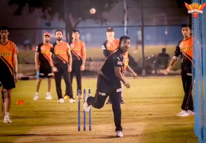 आईपीएल 2020- मुथैया मुरलीधरन ने दिया संकेत, सनराइजर्स हैदराबाद के लिए डेब्यू करेंगे ये खिलाड़ी 5
