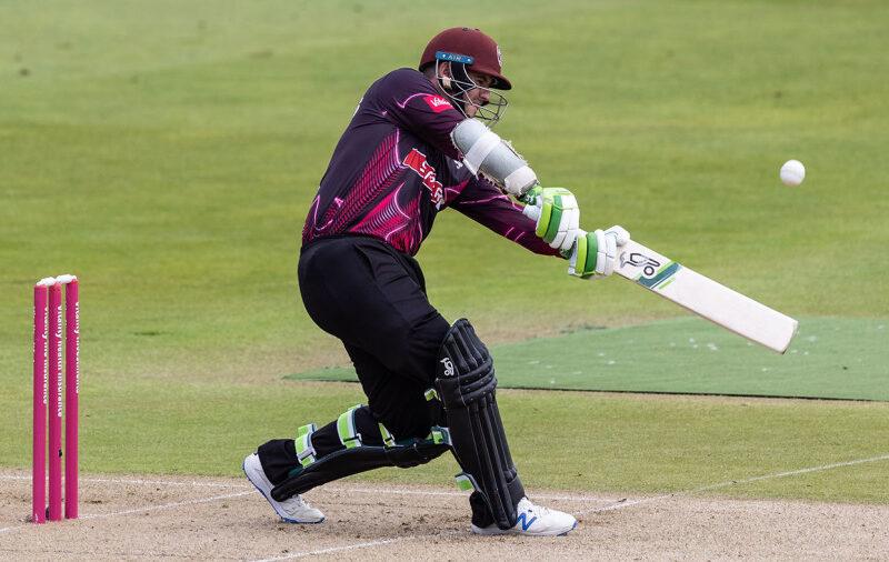 इंग्लैंड के टी20 ब्लास्ट में दिखी तूफानी बल्लेबाजी, एक ही ओवर में बना डाले 29 रन 10