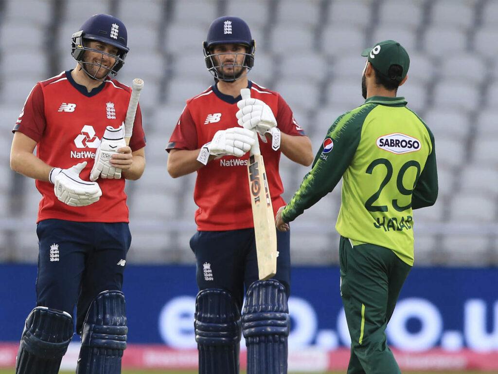 ENG vs PAK- तीसरे और अंतिम टी20 में पाकिस्तान ने बचाई लाज, 5 रनों से जीता मैच 2