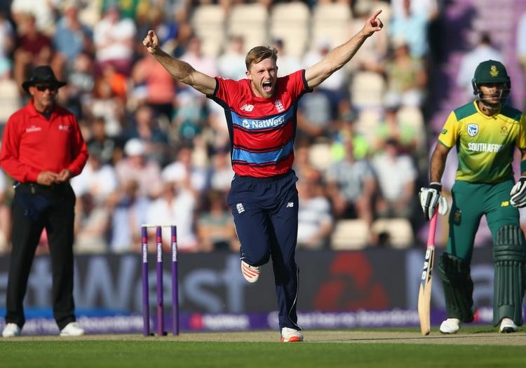 इंग्लैंड क्रिकेट टीम के इस स्टार ऑलराउंडर खिलाड़ी को पाया गया कोरोना पॉजिटिव 2