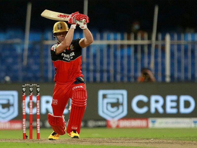 RCB vs KKR : विस्फोटक बल्लेबाजी के दम पर ट्विटर पर छाएं एबी डीविलियर्स, जमकर हो रही तारीफ 17