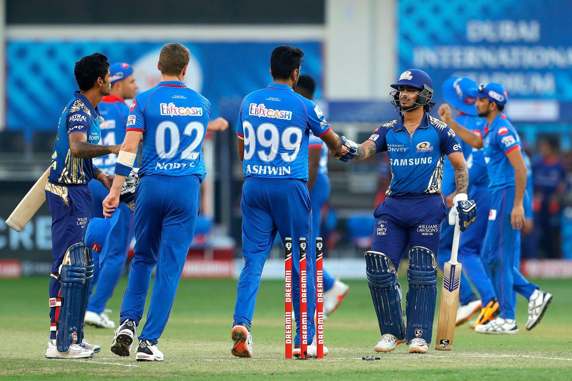 मुंबई की जीत के बाद जमकर उड़ा दिल्ली कैपिटल्स के बल्लेबाजों का मजाक, ट्विटर पर छाएं बुमराह 1