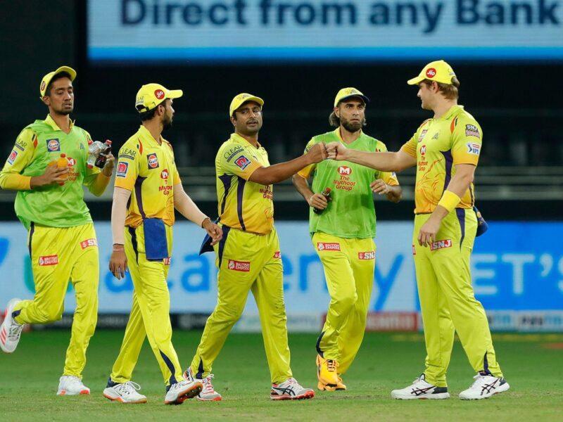 महेंद्र सिंह धोनी खेलते हुए आयेंगे नजर लेकिन चेन्नई सुपर किंग्स से बाहर होंगे ये 4 खिलाड़ी 10