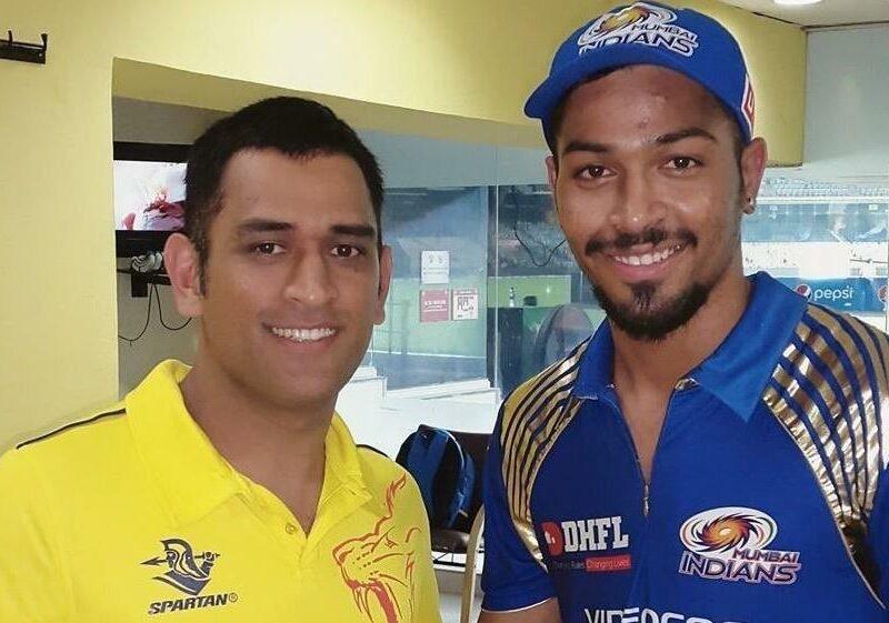 आईपीएल 2020- मुंबई इंडियंस के खिलाफ हार के बाद महेन्द्र सिंह धोनी ने दिया पंड्या बंधुओं को खास उपहार 1