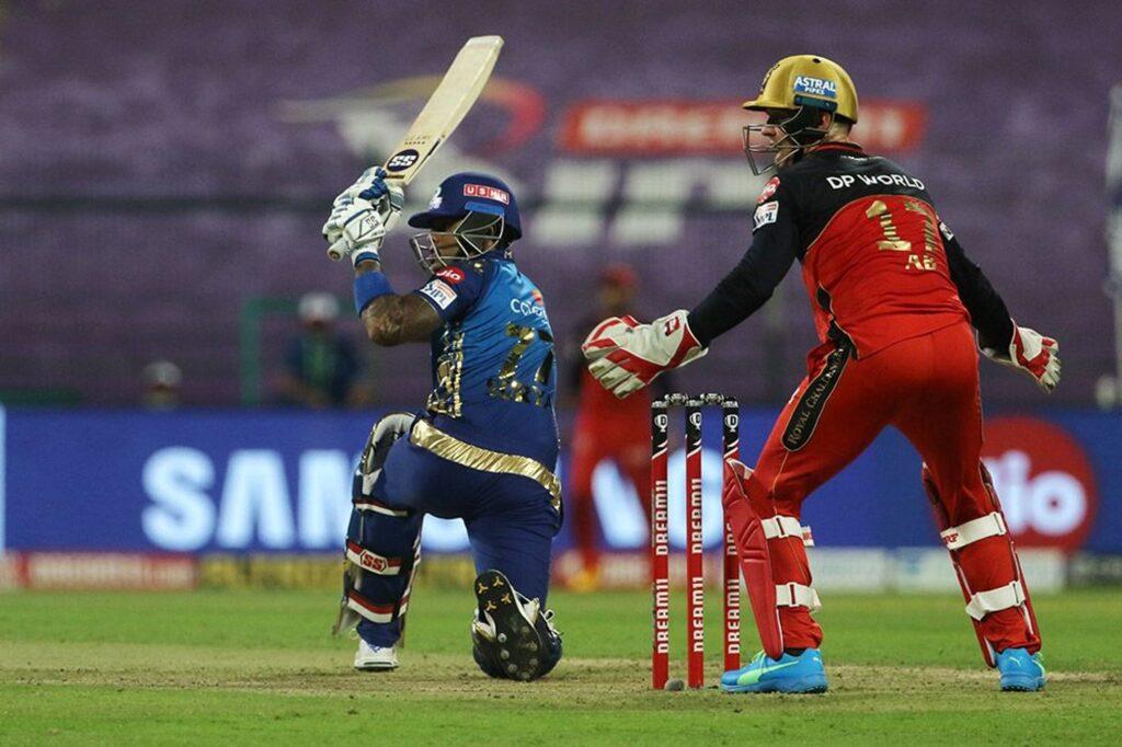 आईपीएल 2020- मैच के दौरान भिड़ गए हार्दिक पंड्या और क्रिस मौरिस, मैच रैफरी ने लिया ये एक्शन 2