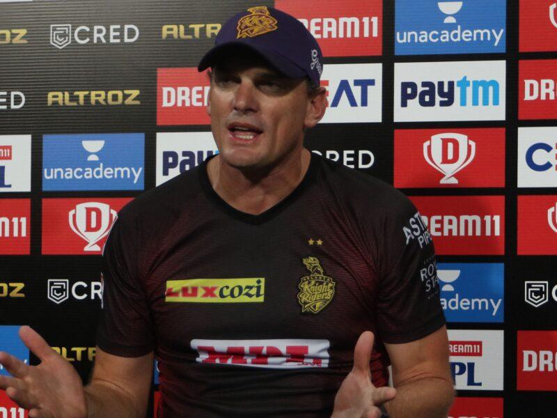 IPL 2020: केकेआर के गेंदबाजी कोच ने बताया, क्यों प्लेइंग इलेवन का हिस्सा नहीं है कुलदीप यादव 3