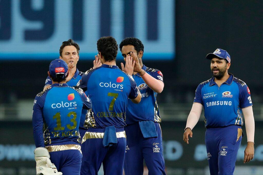 इस भारतीय दिग्गज ने रोहित शर्मा को बताया कप्तानी में महेंद्र सिंह धोनी और सौरव गांगुली का मिश्रण 3