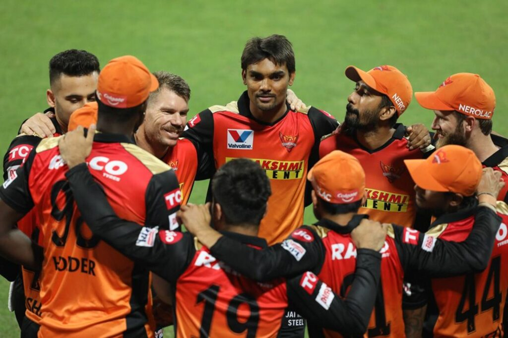 आकाश चोपड़ा ने सनराईजर्स हैदराबाद को दिया ये अहम सुझाव, इन खिलाड़ियों को करें रिटेन 3