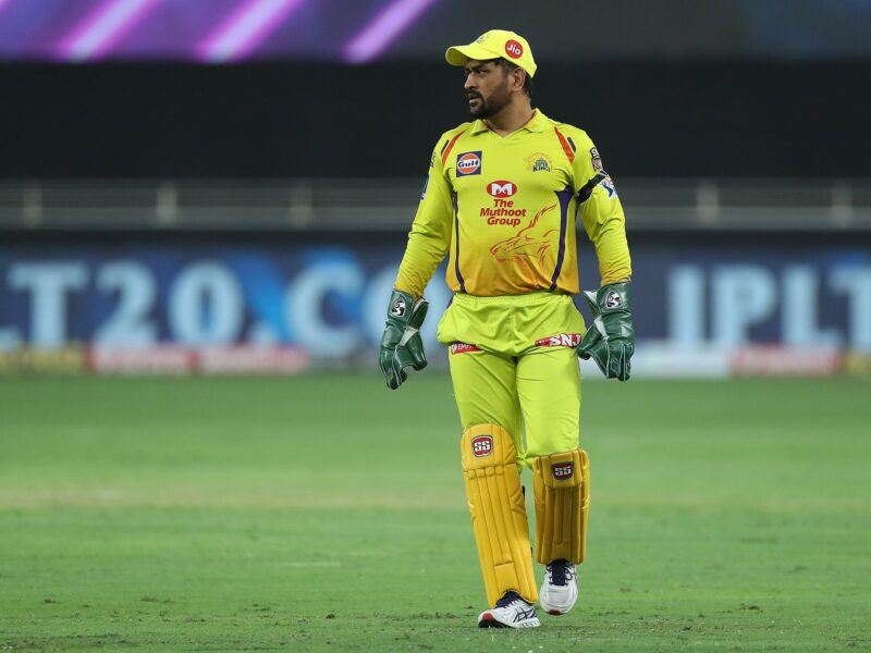 सुनील गावस्कर ने कहा, अगर महेन्द्र सिंह धोनी करेंगे ये काम तो अगले सीजन में बनाएंगे 400 रन 8