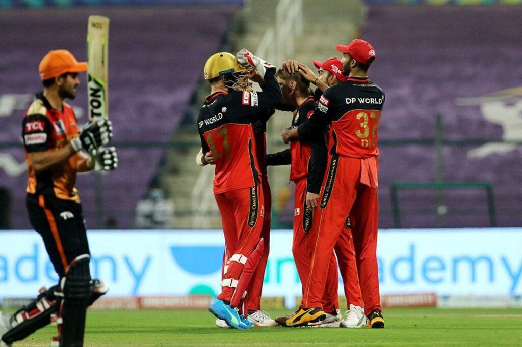 आशीष नेहरा ने बताया कैसे आईपीएल का खिताब जीत सकती है रॉयल चैलेंजर्स बैंगलोर, दे डाली बड़ी सलाह 3
