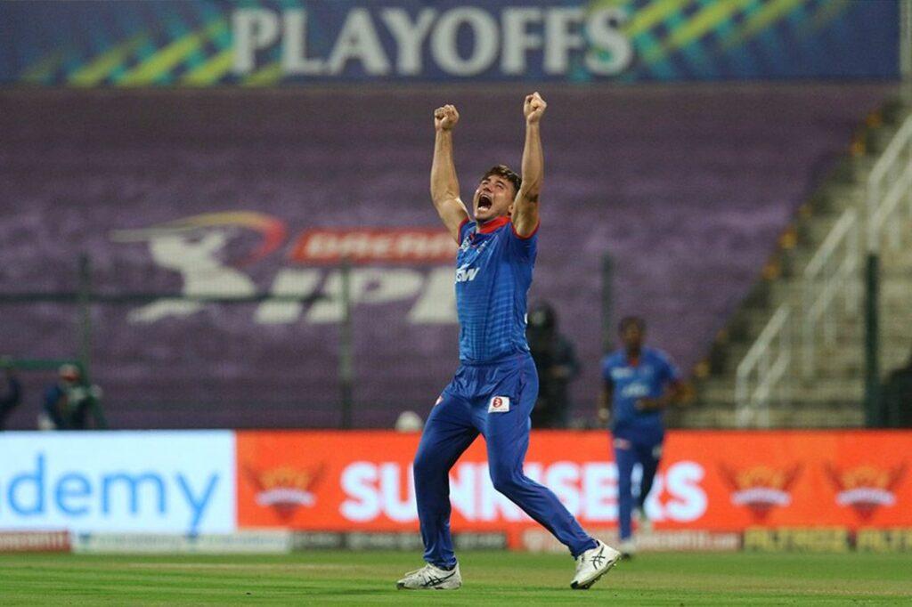 ब्रायन लारा ने बताई आरसीबी की सबसे बड़ी गलती, इस खिलाड़ी को रिलीज करना पड़ा उन्हें बहुत भारी 3
