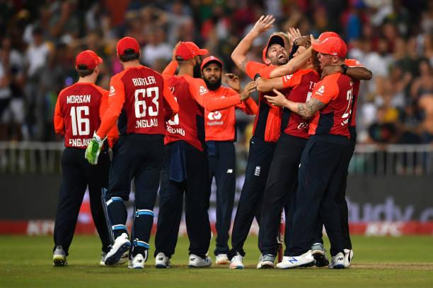 इंग्लैंड ने पहले टी20 मैच में दक्षिण अफ्रीका को 5 विकेट से हराया, जाने कैसा रहा पूरे मैच का हाल 2