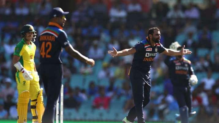 AUSvsIND: पहले मैच में हार के बाद रोहित शर्मा को मिस कर रहे हैं फैन्स, जडेजा का जमकर उड़ाया मजाक 9