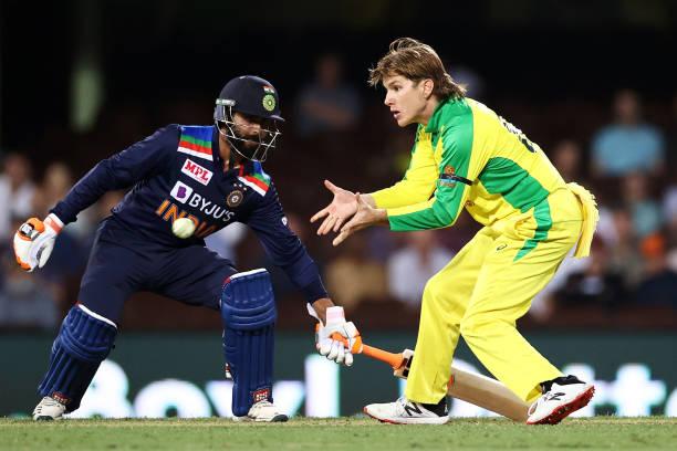 पहले मैच में हार के बाद संजय मांजरेकर ने कहा वनडे खेलने के लायक नहीं है ये भारतीय खिलाड़ी 1