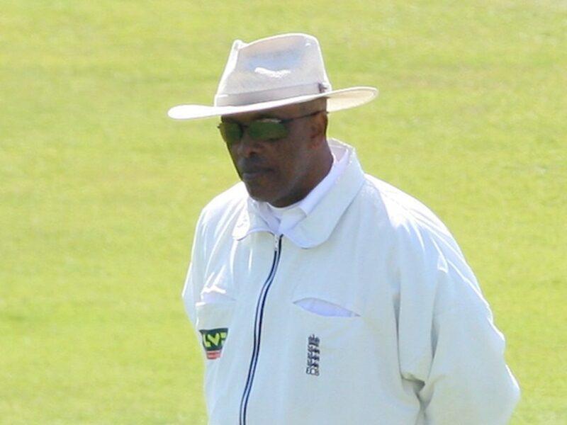 आईसीसी के अंपायर रहे जॉन होल्डर ने ईसीबी पर लगाए नस्लवाद के आरोप, अब हुई जांच की मांग 10