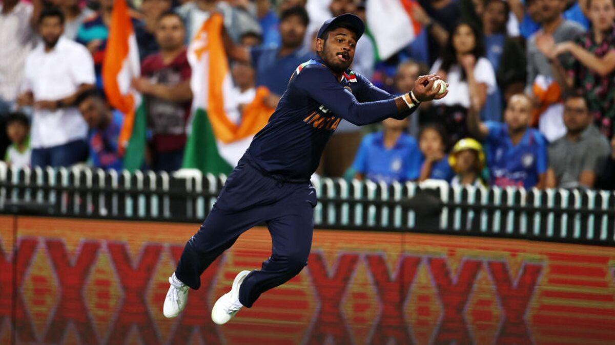 भारतीय क्रिकेट टीम के वो 3 खिलाड़ी जो बल्लेबाजी में रहे जीरो, लेकिन फील्डिंग ने बना दिया हीरो 1