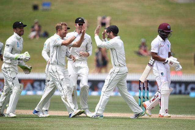NZvsWI: हैमिल्टन में खेले जा रहे पहले टेस्ट मैच में न्यूजीलैंड ने की पारी से जीत की तैयारी, ऐसा रहा हाल 7