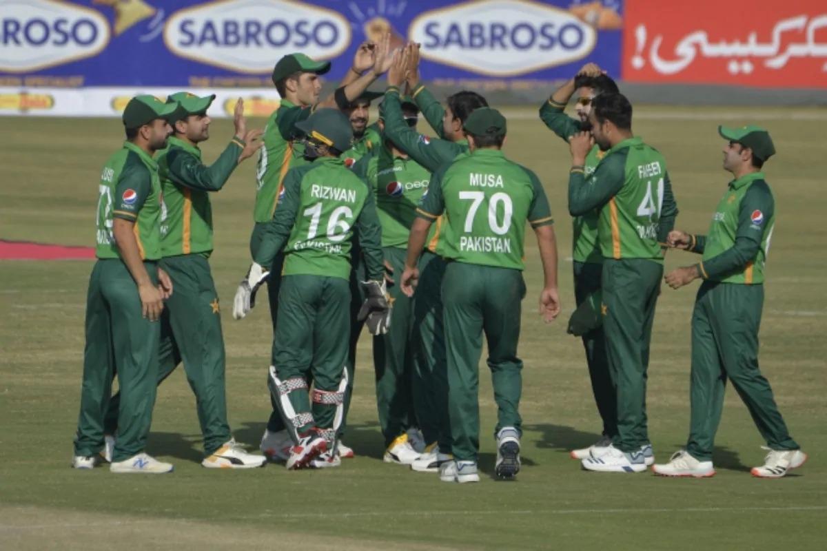 Pak cricketer