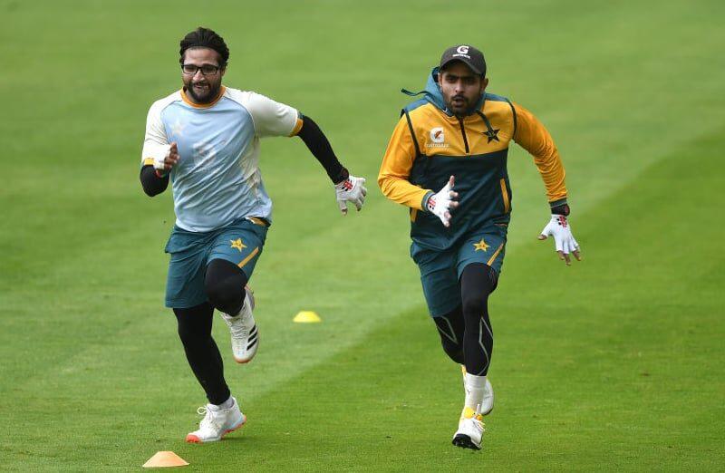 न्यूज़ीलैंड के खिलाफ़ पहले टेस्ट के लिए पाकिस्तान टीम का ऐलान, बाबर आज़म और इमाम उल-हक़ हुए बाहर 10