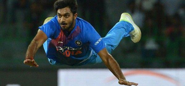भारतीय क्रिकेट टीम के वो 3 खिलाड़ी जो बल्लेबाजी में रहे जीरो, लेकिन फील्डिंग ने बना दिया हीरो 3