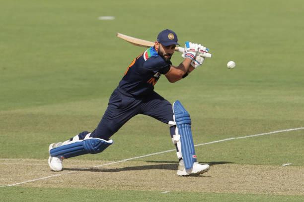 AUS vs IND : इस गेंदबाज के सामने विराट कोहली हो जा रहे फुस्स, लगातार चौथी बार किया आउट 5
