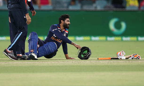 AUSvsIND: भारतीय टीम को अब लगा एक बड़ा झटका, पहले टेस्ट मैच से बाहर हुए रविन्द्र जडेजा 1
