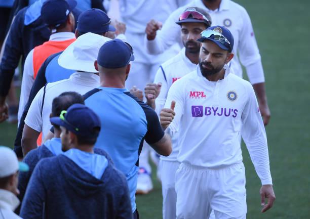 टेस्ट क्रिकेट में 4 मौके जब एक ही दिन में 2 बार आउट हो गई टीमें, भारत का नाम भी शामिल 1