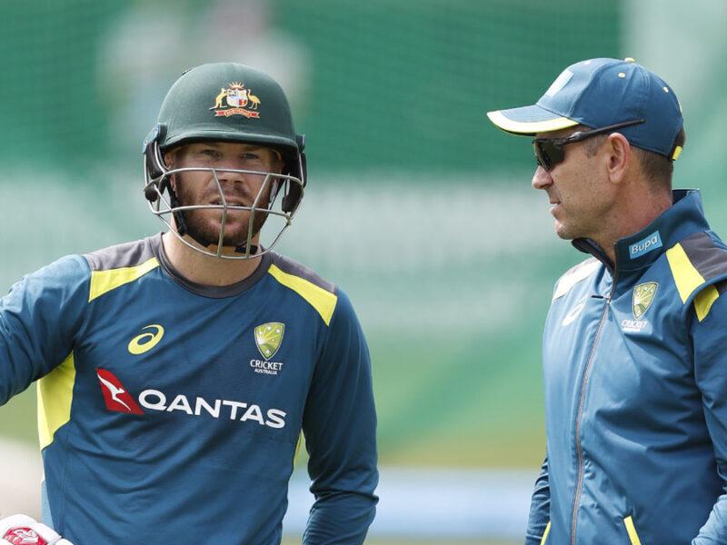 चोटिल डेविड वार्नर पर अब बोले कोच जस्टिन लैंगर, बताया पहले टेस्ट मैच में खेलना होगा मुश्किल 6
