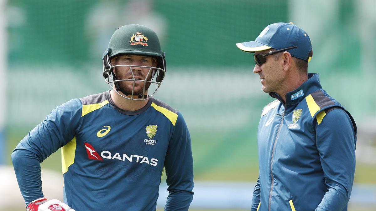 चोटिल डेविड वार्नर पर अब बोले कोच जस्टिन लैंगर, बताया पहले टेस्ट मैच में खेलना होगा मुश्किल 1