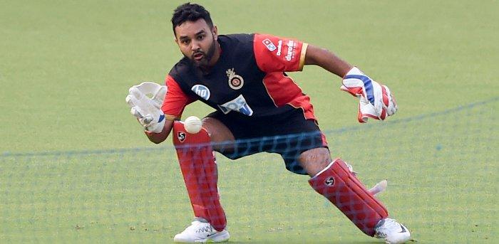 संन्यास लेने के फ़ौरन बाद ही मुंबई इंडियंस टीम से जुड़े पार्थिव पटेल, ऐसी होगी उनकी भूमिका 2