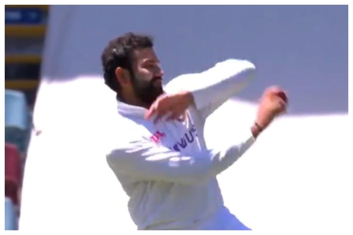 दिनेश कार्तिक ने रोहित शर्मा की गेंदबाजी को किया ट्रोल, शमी और बुमराह को दी चेतावनी 1