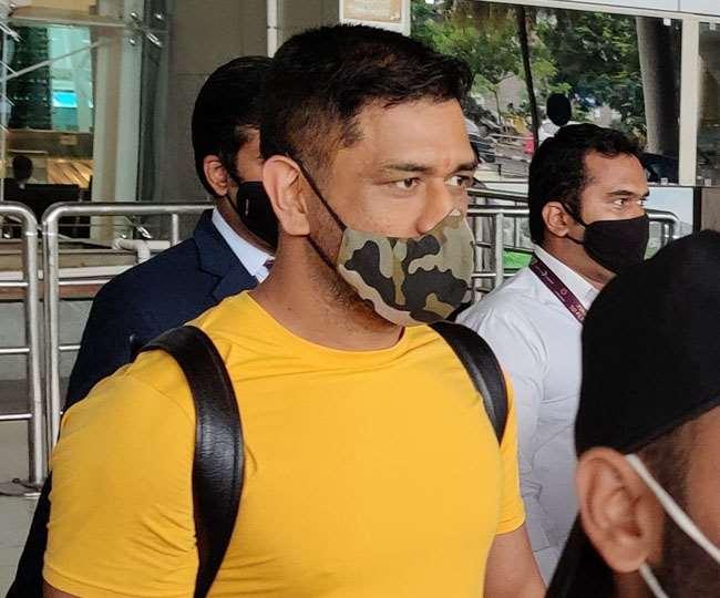 PHOTOS : नए लुक में नजर आए महेंद्र सिंह धोनी, सोशल मीडिया पर तस्वीर वायरल 3