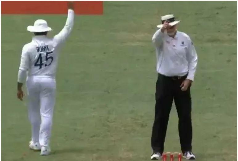 बल्लेबाज, गेंदबाज, कीपर के साथ ही साथ अब ब्रिसबेन टेस्ट में अंपायर भी बने रोहित शर्मा 2