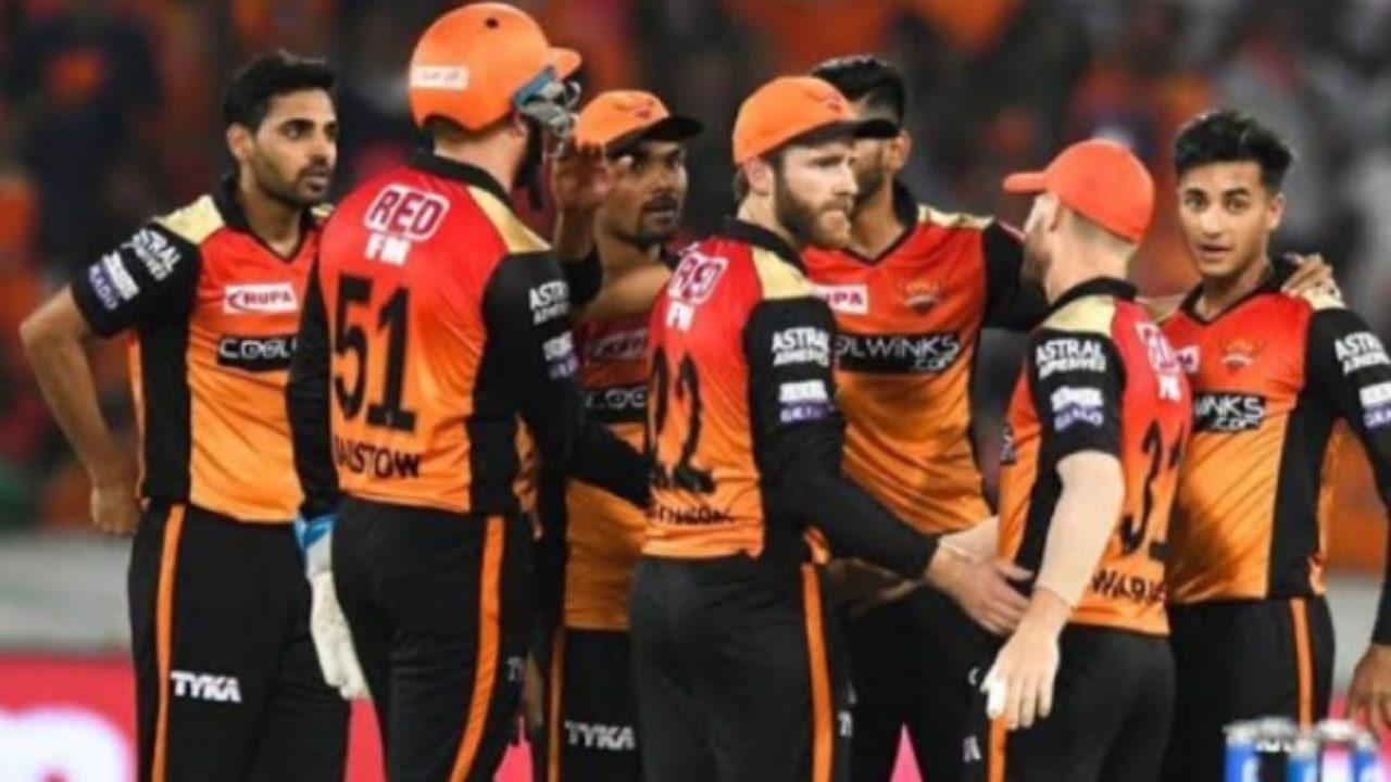 IPL 2021 : सनराइजर्स हैदराबाद ने इन 5 खिलाड़ियों को किया रिलीज, इन 18 को किया रिटेन 2