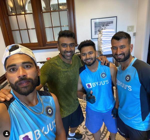 टॉयलेट साफ करने को मजबूर भारतीय क्रिकेटर, नहीं मिल रही मूलभूत सुविधाये 1