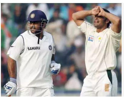 एक शब्द में शोएब अख्तर ने धोनी को किया डिसक्राइब, जीत लिया करोड़ो भारतीयों का दिल 2