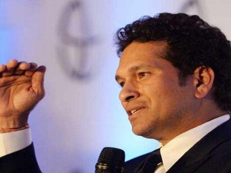 क्रिकेट के भगवान ने इस गेंदबाज को बताया मौजूदा समय का सर्वश्रेष्ठ गेंदबाज 3