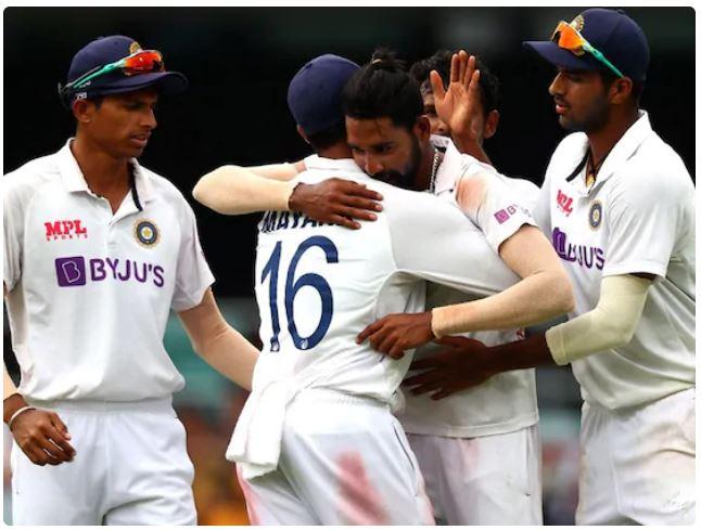 ऐतिहासिक जीत के बात ट्विटर पर छाई टीम इंडिया, लेकिन इस भारतीय खिलाड़ी पर भड़के फैंस 1