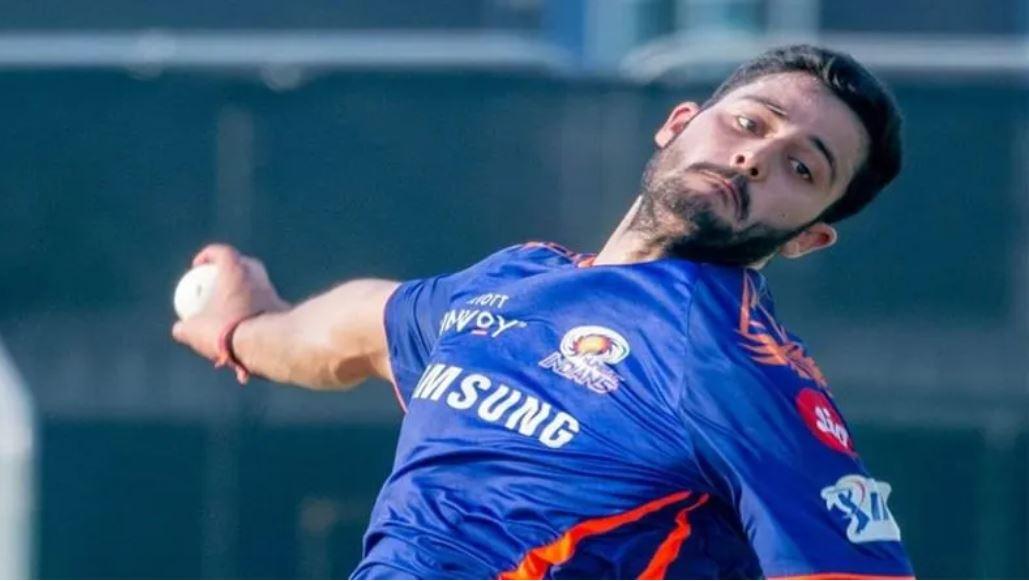 हार्दिक पंड्या का नेट्स में बल्ला तोड़ने वाला गेंदबाज अब आईपीएल में मुंबई के लिए करेगा डेब्यू 3