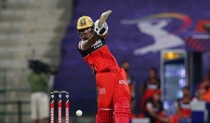आरसीबी से रिलीज होते ही शानदार फॉर्म मे आया यह खिलाड़ी, एक मैच में ठोक डाले 139 रन 4